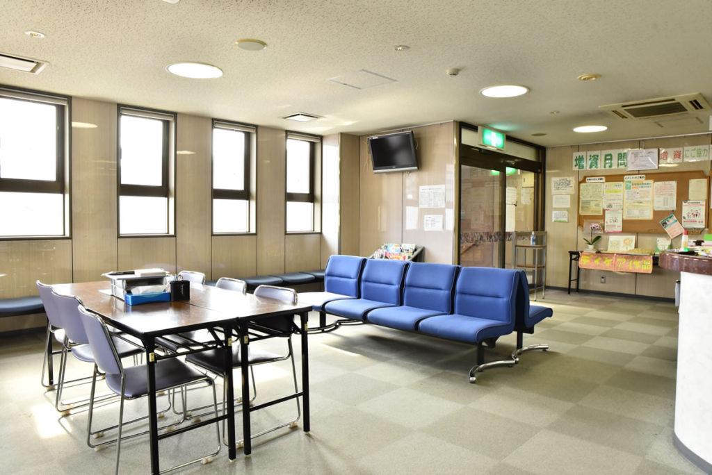 広い受付・待合室